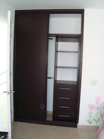 Cajon para closet en cada recamara enlace inmobiliario for Closet para recamaras
