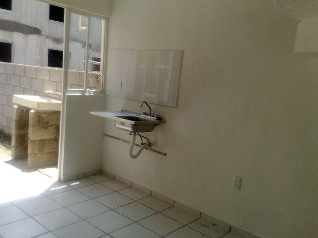 Cocina Y Puerta De Patio De Servicio Enlace Inmobiliario